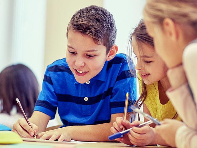 4thgradersschoolclassroomas