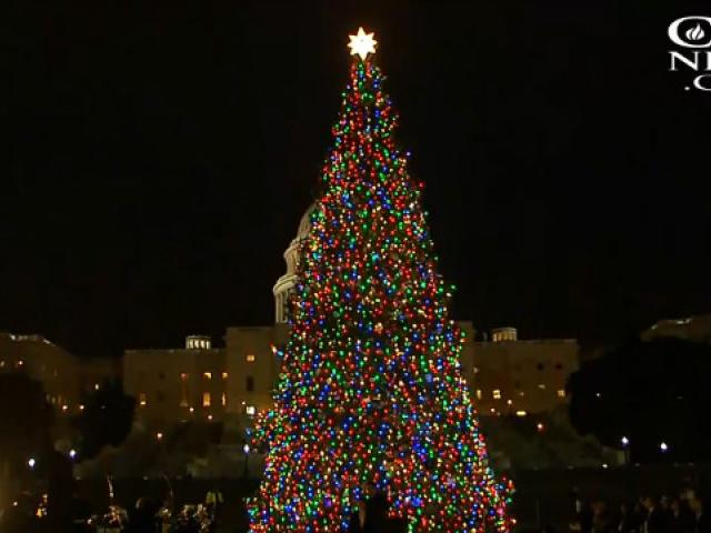 speaker paul ryan talks about the true meaning of christmas at us capitol tree lighting ceremony