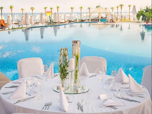 Fancy Set Table