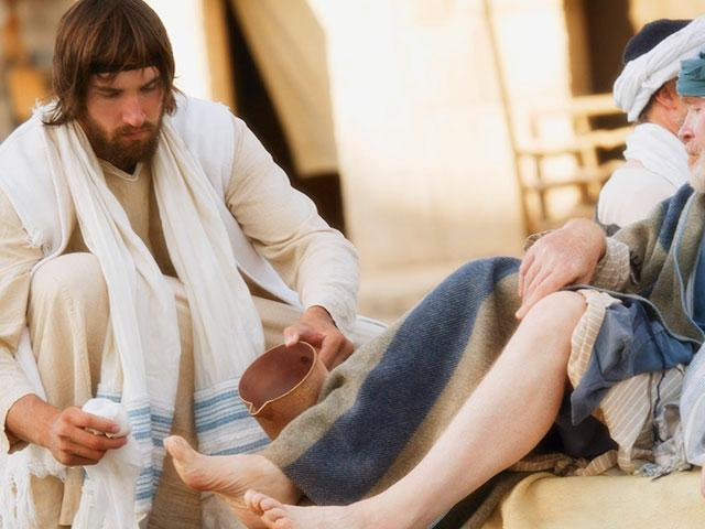 Jesus-Washes-Feet