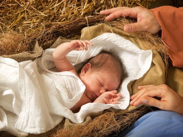 baby-in-manger_si.jpg