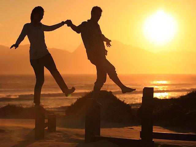 balancing-couple