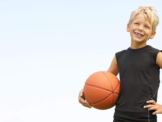 boy-basketball-outside_si.jpg