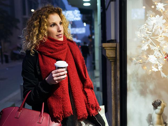 christmas-window-woman_si.jpg