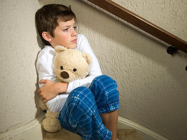 depressed-boy_SI.jpg