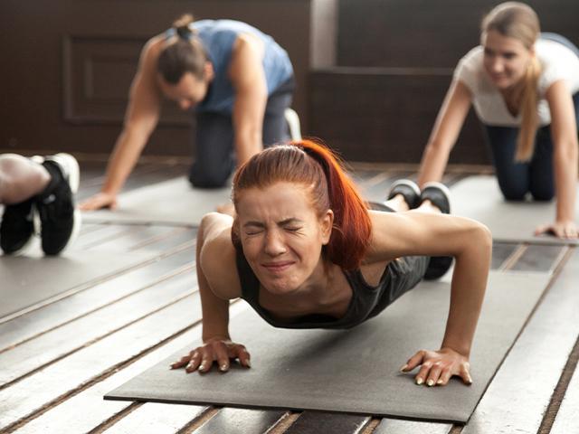 women exercising planks