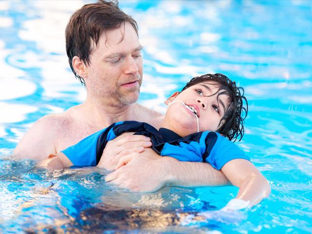 father-disabled-child_si.jpg