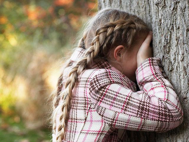 girl-hide-and-seek