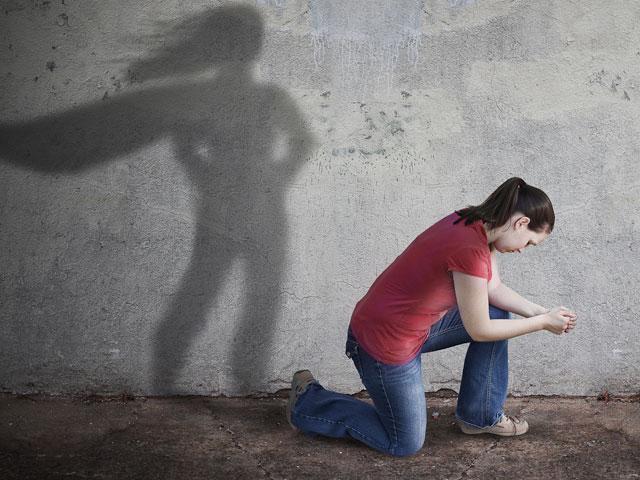 girl-superhero-pray_SI.jpg