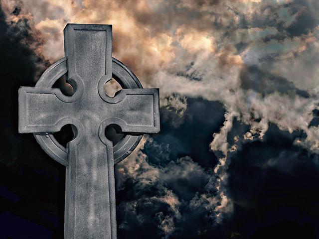 graveyardstormtombstoneas