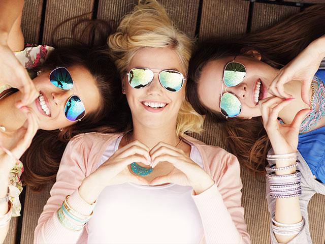 happy-friends-women_si.jpg