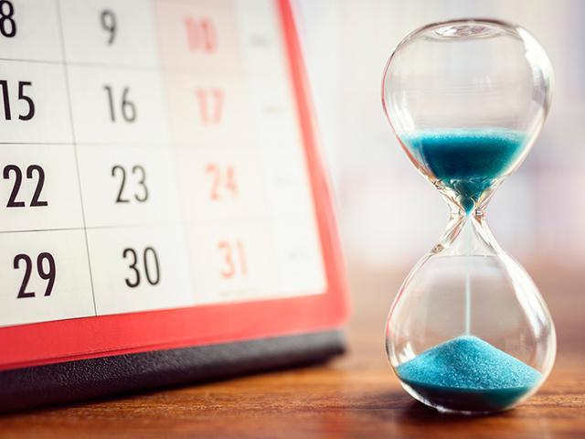 hourglass-calendar-time_SI.jpg
