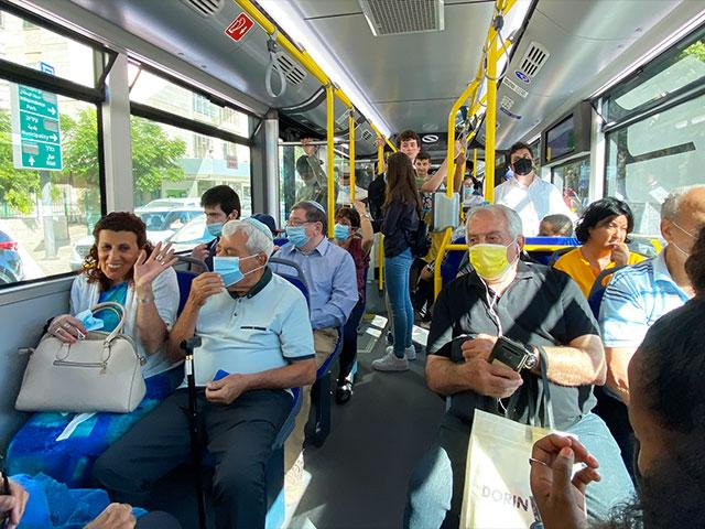 Israeli Bus Photo Credit: CBN News