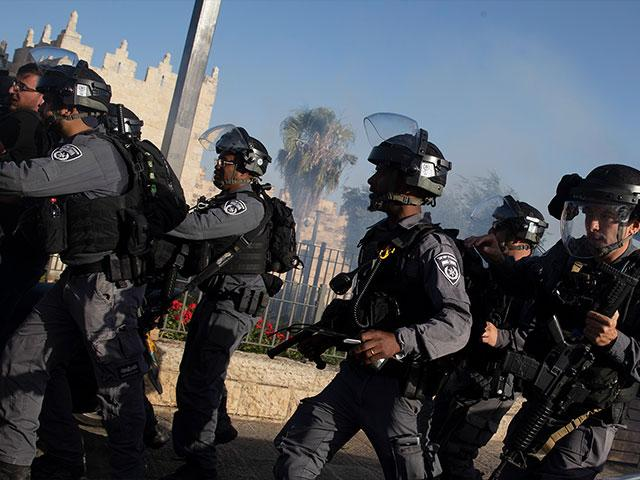 Border police deploy after a news conference by Israeli right-wing lawmaker Itamar Ben Gvir at the Damascus Gate to Jerusalem's Old City, where he protested police preventing him from entering the Al Aqsa Mosque compound, Thursday, June 10, 2021. (AP Phot