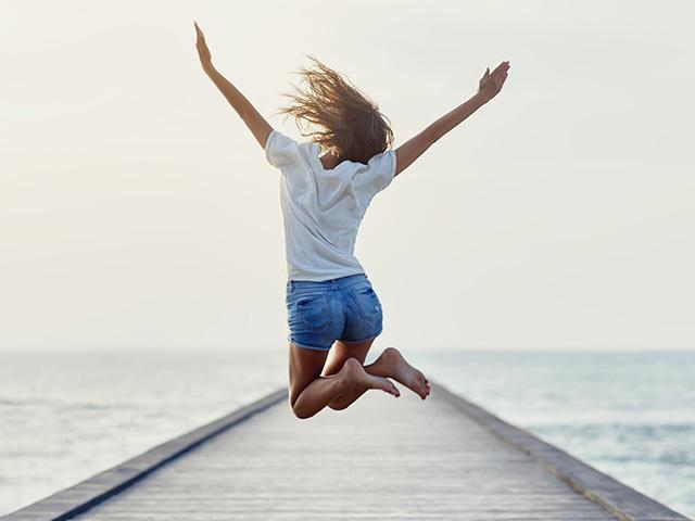 jumping-joy-woman_SI.jpg
