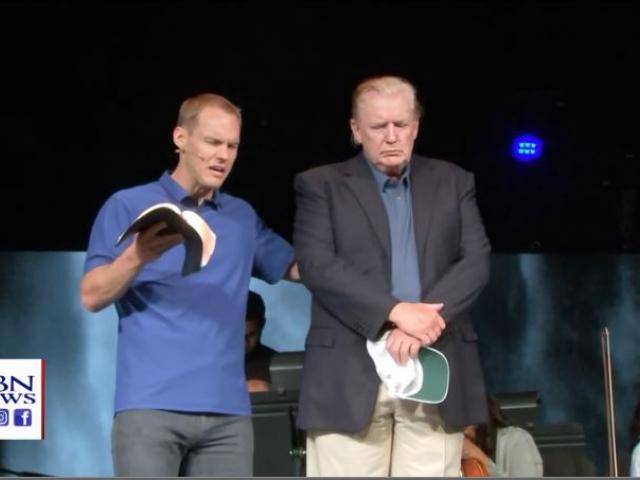 David Platt, the senior pastor at McLean Bible Church in Vienna, Va., prays for President Trump on Sunday. (Image credit: CBN News)