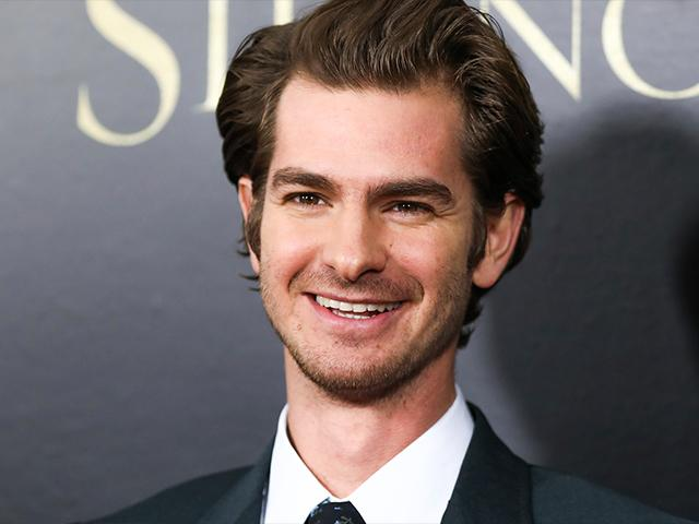 Andrew Garfield Says Silence Film Helped Him to 'Fall in ... Andrew Garfield