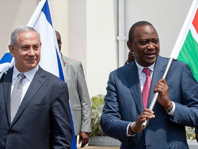 Israeli PM Benjamin Netanyahu and Kenyah President Uhuru Kenyatta, AP photo