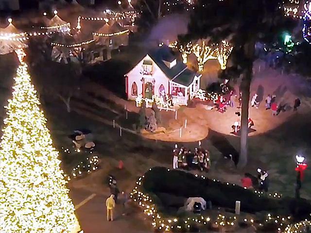 cbnchristmasvillage