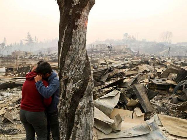 Afectados por incendios en Chile. Foto: AP