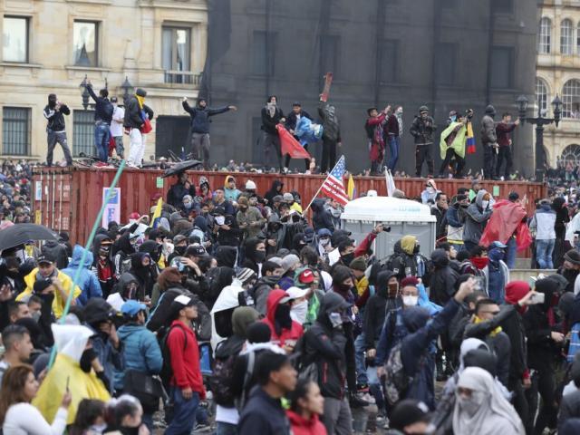 Colombia Protes Foto AP -  Fernando Vergara