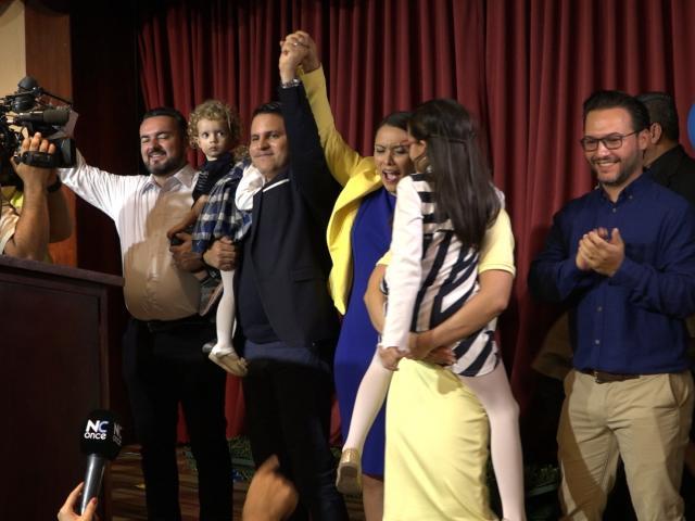 Fabricio Alvarado celebra resultados de la primera ronda.