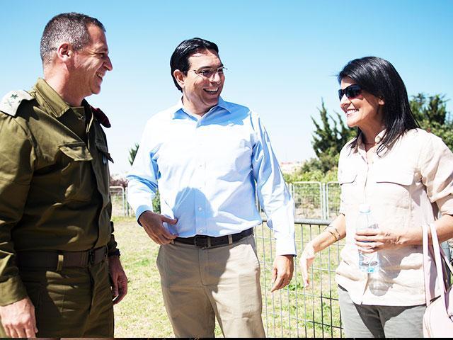IDF Deputy Chief of Staff Maj. Gen. Aviv Kohavi with US UN Amb. Nikki Haley and Israeli UN Amb. Danny Danon, Photo, IDF