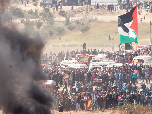 Hamas-led Riots at Border with Israel, Photo, AP