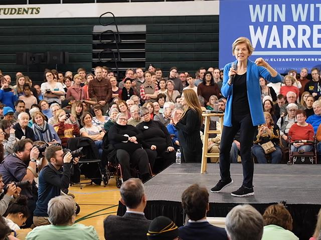 Sen. Elizabeth Warren campaigns in Iowa (Photo: screen capture)