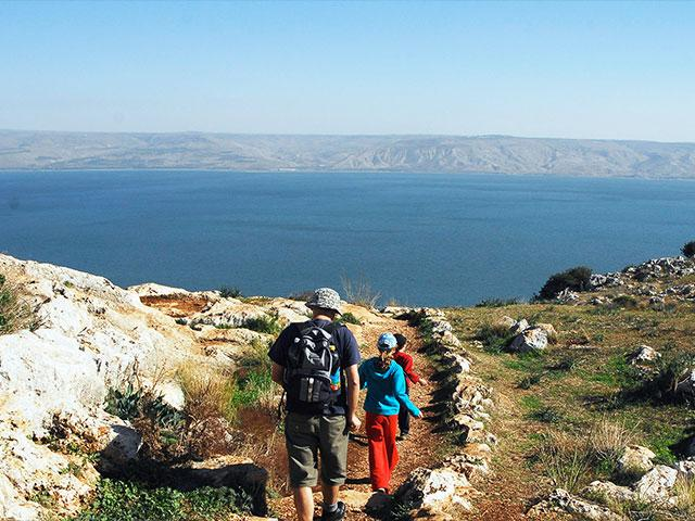 View of the Kinneret from Arbel Mountain, Photo, GPO, Einat Anker