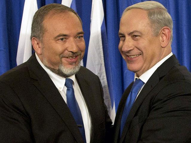 Defense Minister Avigdor Lieberman with Prime Minister Benjamin Netanyahu