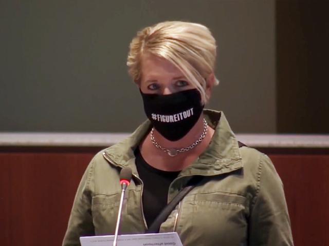 An upset mom confronts the Loudon County, VA school board.