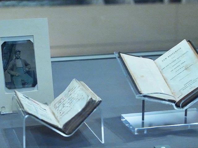 Bibles That Went to War: How God's Word Has Sustained American Troops on the Front Lines