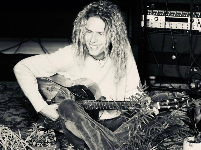Phil Joel guitar 2021