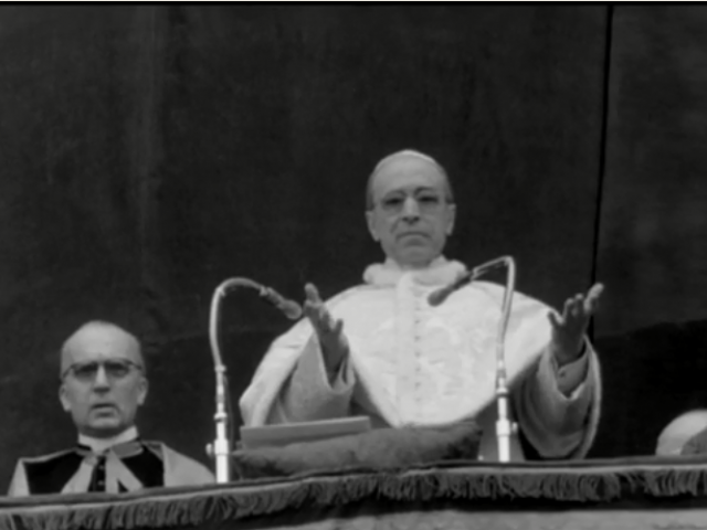 Pope Pius XII on balcony at St Peter's Basilica in April 1955 (AP video screenshot)