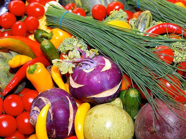 Giving thanks on Shavuot for an Abundant Harvest, Photo, GPO, Mark Neyman