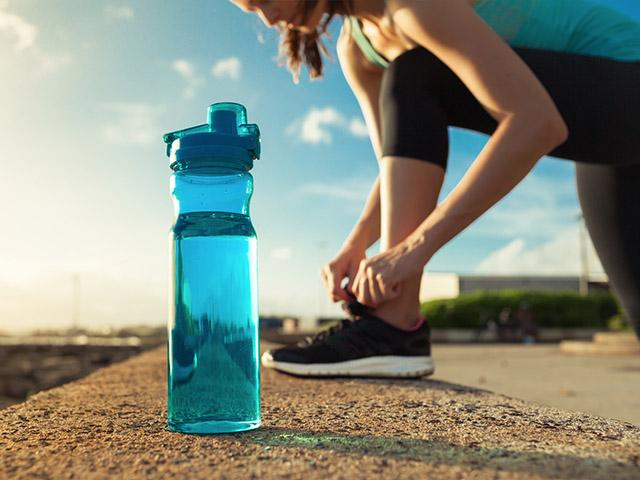 woman-exercise-water