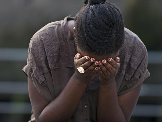 nigeriawomancrying