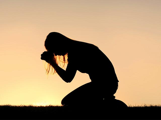 prayer-silhouette-sunrise_si.jpg