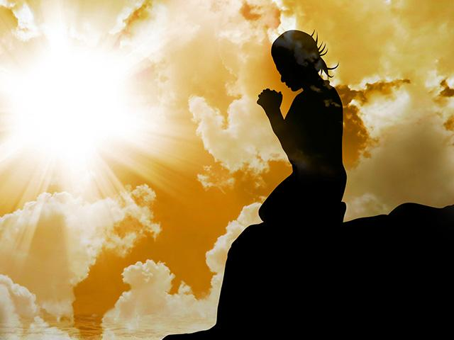 praying-silhouette-god_si.jpg