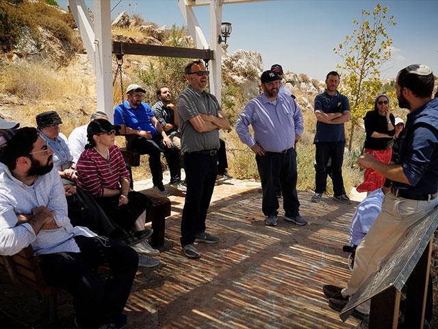 Rabbis Visiting Israel Photo Credit: CBN News