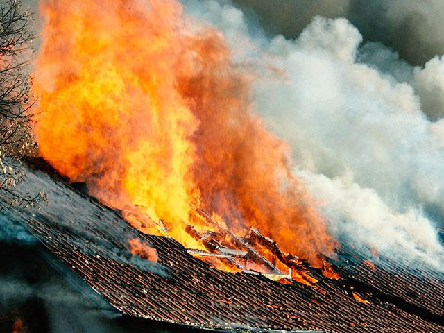 roofonfireas
