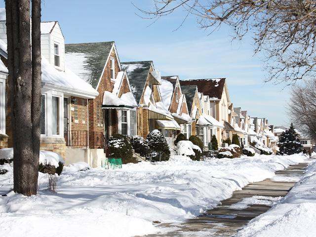 snowy chicago neighborhood