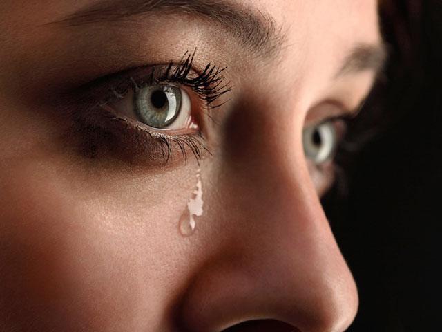 tears-sad-cry_SI.jpg