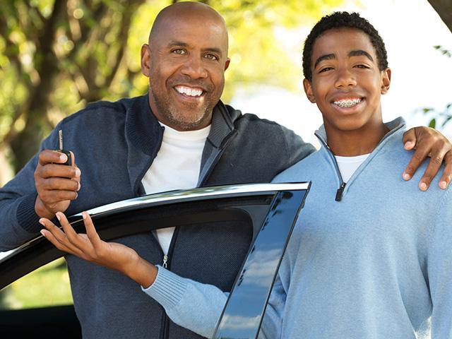 teen-dad-car-key