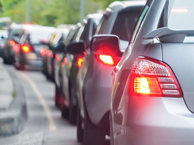 traffic-jam-cars_si.jpg