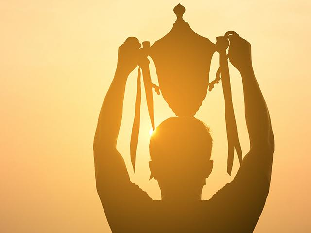 trophy-man-silhouette