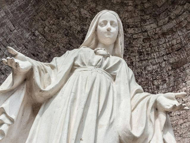virgin-mary-statue_SI.jpg