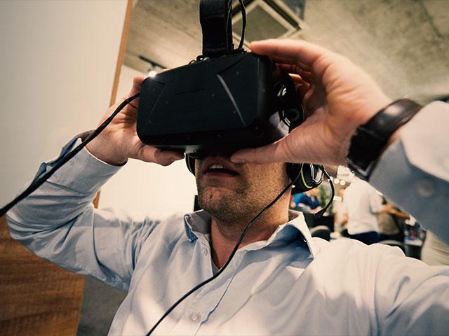 virtualrealityheadsetmanas
