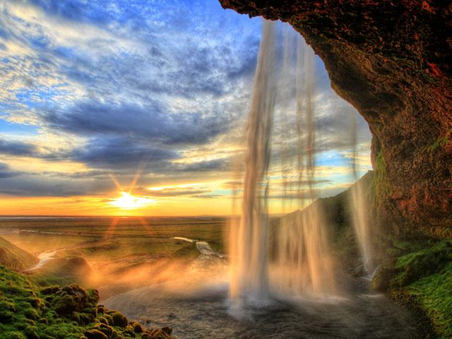 waterfall-sunset-majesty
